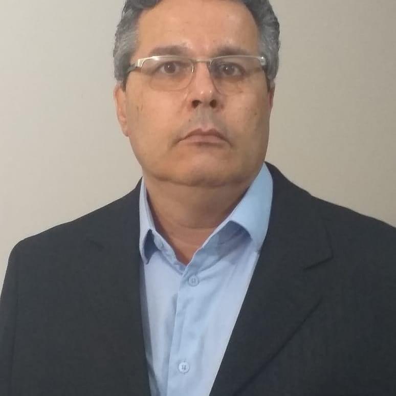 Comerciário em Ação – Adriano Aristides de Luccas: 40 anos de talento e trabalho